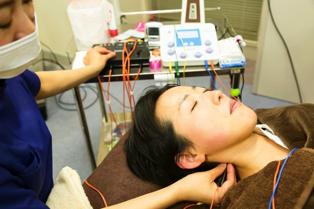 4月9日『鍼灸の日』全医療器デモンストレーション(1)